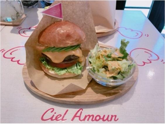 シエルアムールのハンバーガー