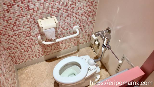 池袋西武 授乳室 子供用トイレ