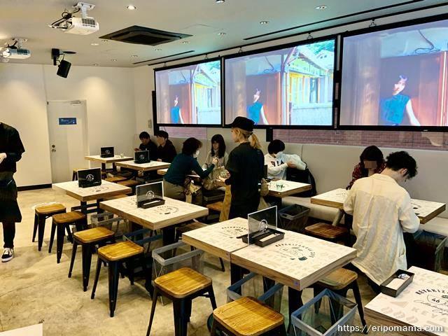 欅坂46カフェ 東京 店内